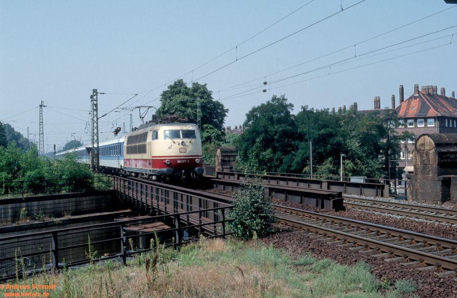 http://rueckblicke2.lokfoto.de/1992/1992_5/D20380_103177.jpg