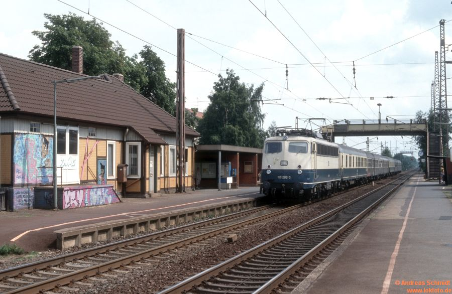 http://rueckblicke2.lokfoto.de/1992/1992_5/D20385_110_292.jpg