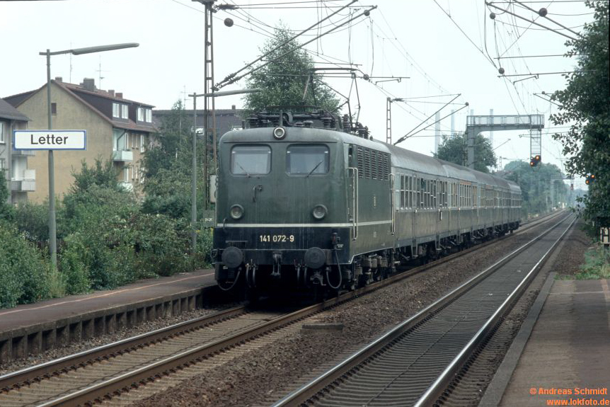 http://rueckblicke2.lokfoto.de/1992/1992_5/D20405_141_072.jpg