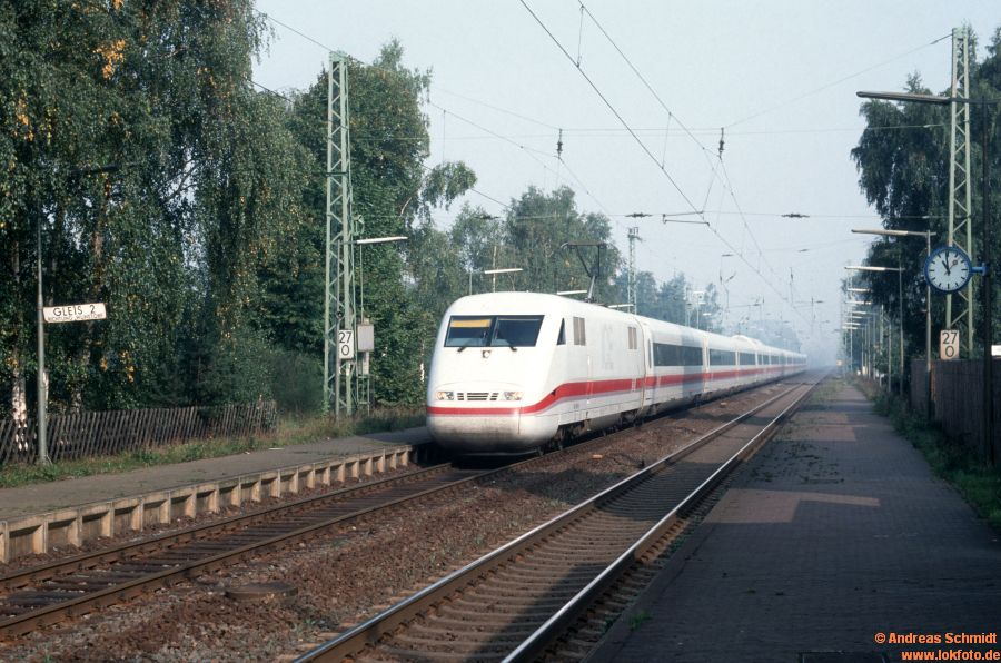http://rueckblicke2.lokfoto.de/1992/1992_6/D20641_401_xxx.jpg