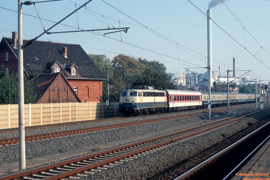 http://rueckblicke2.lokfoto.de/1992/1992_6/D20659_110_376.jpg