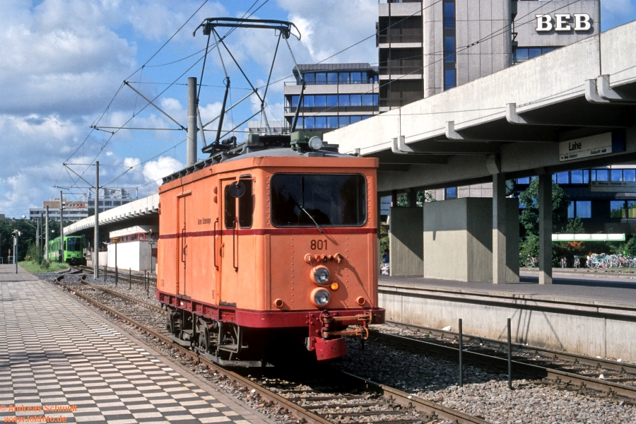 http://rueckblicke2.lokfoto.de/1993/1993_5/D21125_ustra_801.jpg