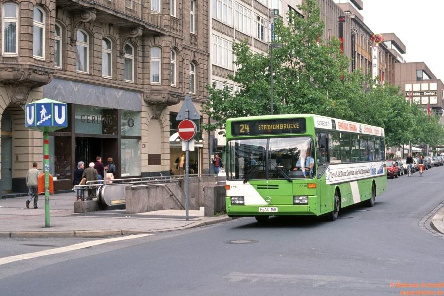 http://rueckblicke2.lokfoto.de/1993/1993_5/D21171_ustra_7716.jpg