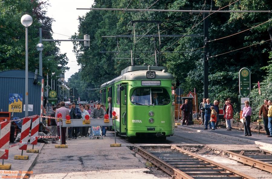 http://rueckblicke2.lokfoto.de/1993/1993_5/D21232_ustra_501.jpg