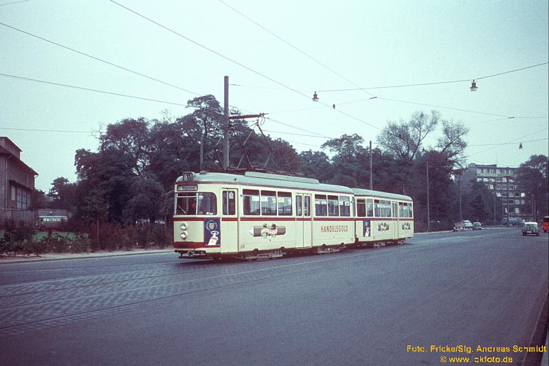 http://rueckblicke2.lokfoto.de/1993/1993_5/Df7947b_Ustra_715.jpg