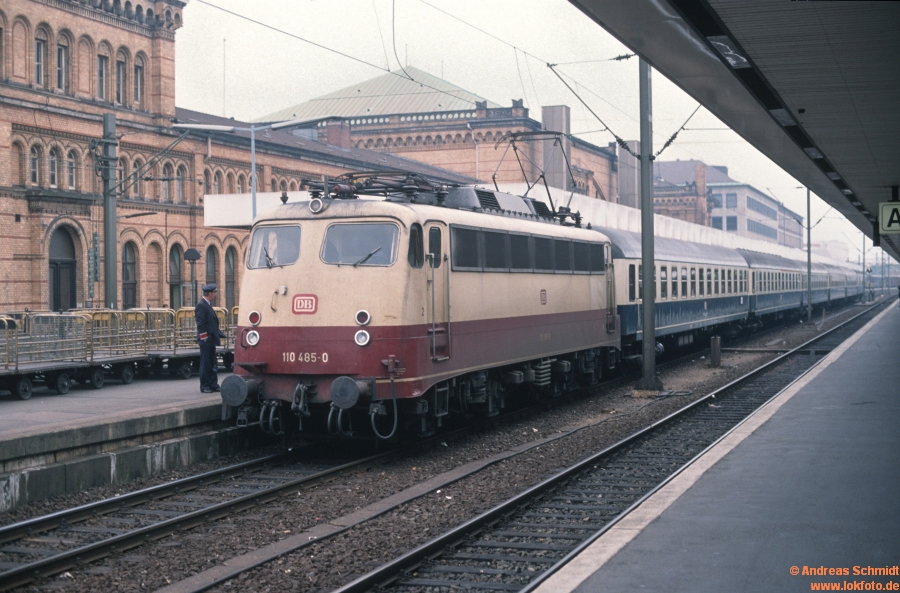 http://rueckblicke2.lokfoto.de/1993/1993_6/D21266_110_485.jpg