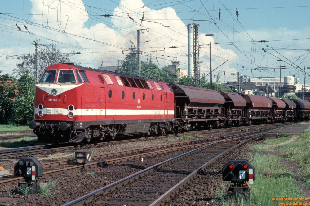 http://rueckblicke2.lokfoto.de/1994/1994_2/D21645_219_182.jpg