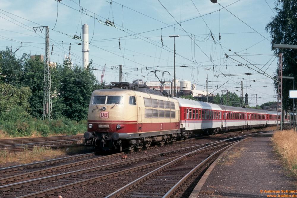 http://rueckblicke2.lokfoto.de/1995/1995_3/D22904_103_136.jpg